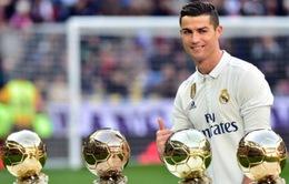 Cristiano Ronaldo đang săn đuổi 10 danh hiệu trong mùa giải này