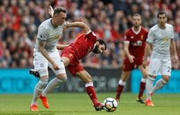 """Man Utd chia điểm với Liverpool trong ngày Mourinho dựng """"xe bus 2 tầng"""""""