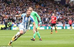"""Ngoại hạng Anh ngày 21/10: Man Utd thua đau, Man City """"cô đơn"""" trên đỉnh"""