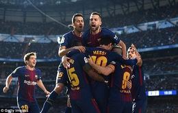 Real Madrid 0-3 Barcelona: Messi rực sáng, Ronaldo và đồng đội gục ngã ngay trên sân nhà