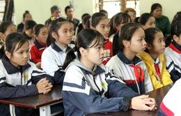 Học bổng Niềm Tin Việt nối dài con đường đến trường cho học sinh nghèo Bắc Giang