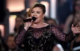 Cựu Quán quân American Idol xác nhận ngồi ghế nóng The Voice