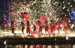 Người dân châu Á rộn ràng đón chào năm mới