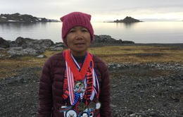 Cụ bà gốc Việt 70 tuổi lập kỷ lục chạy 7 chặng marathon