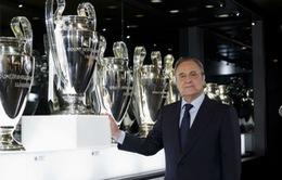 """""""Bố già"""" Florentino Perez tại vị thêm 4 năm ở Real Madrid"""