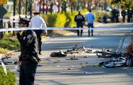 Khủng bố bằng xe bán tải ở New York, 8 người chết