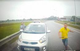Đề nghị xử lý nghiêm tài xế chạy ngược chiều tại Thanh Hóa