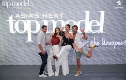 """Giám khảo Asia's Next Top Model """"quậy"""" không kém phần thí sinh"""
