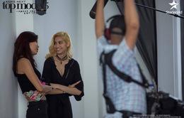 Minh Tú động viên thí sinh đồng tính ở Asia's Next Top Model