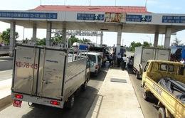 Miễn giảm phí cho một số phương tiện qua trạm Quán Hàu và Tasco