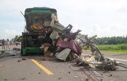 Long An: Tai nạn trên cao tốc làm 1 người chết và 6 người bị thương