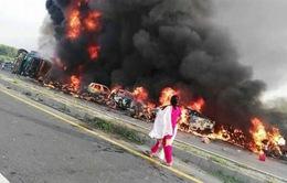 Cháy xe bồn chở dầu tại Pakistan, ít nhất 123 người thiệt mạng
