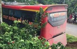 Xe khách đâm xe máy tại Thanh Hóa, 2 mẹ con thiệt mạng