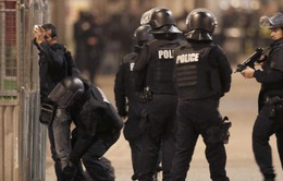 Bầu cử Tổng thống Pháp: Hơn 50.000 cảnh sát và hiến binh tham gia đảm bảo an ninh