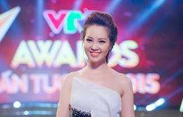 VTV Awards 2017: Đẩy Trấn Thành xuống vị trí thứ 3, MC Thụy Vân sẽ giành ngôi vị số 1 của Phí Linh?