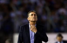 LĐBĐ Argentina sa thải HLV Edgardo Bauza