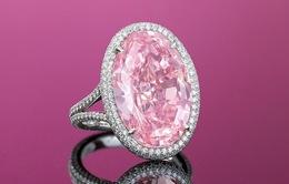 Kim cương hồng quý hiếm được bán với giá hơn 32 triệu USD