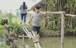 """Bố ơi! Mình đi đâu thế? mùa 4: Con trai nhạc sĩ Nguyễn Hải Phong nũng nịu đạt độ """"siêu cấp"""""""