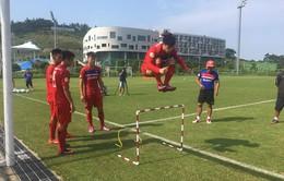 U22 Việt Nam trở lại sân tập, HLV Hữu Thắng hài lòng về ý thức cầu thủ