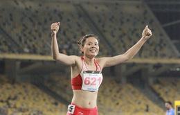 VIDEO SEA Games 29: Nguyễn Thị Huyền giành HCV tuyệt đối ở đường chạy 400m rào nữ