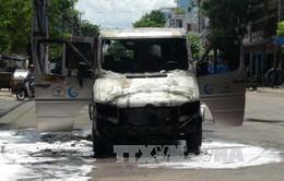 Xe khách bốc cháy ở Phú Yên, 6 người may mắn thoát nạn