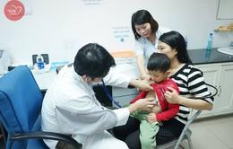 Trái tim cho em: 1500 em nhỏ tham gia khám sàng lọc tim bẩm sinh tại Huế