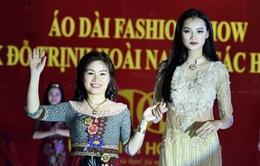 Áo Dài Fashion Show - Mỗi thiết kế là một câu chuyện