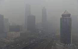 Ngày cũng như đêm ở Trung Quốc vì ô nhiễm môi trường