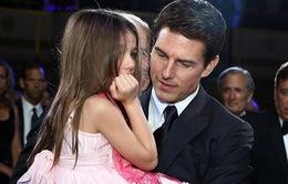 Mẹ qua đời, Tom Cruise muốn đoàn tụ với con gái