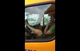 Vụ xế container lái xe bằng chân: Xác định được chủ xe