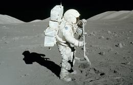 Bề mặt của Mặt Trăng có thể chứa nước