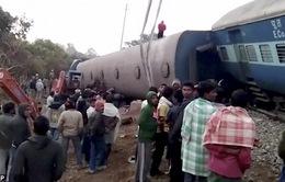 Tàu trật đường ray tại Ấn Độ, hơn 100 người thương vong