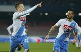 Vượt qua Genoa, Napoli vươn lên ngôi nhì bảng Serie A