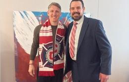 """Schweinsteiger nhớ về Bayern, Pep Guardiola, """"quên"""" Man Utd trong ngày tới Mỹ"""
