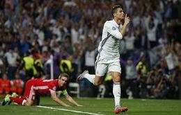 Lập hat-trick vào lưới Bayern Munich, Ronaldo chính thức chạm cột mốc 100 bàn tại Champions League