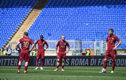 """Gục ngã ở derby, Roma sắp """"buông súng"""" trong cuộc đua vô địch"""