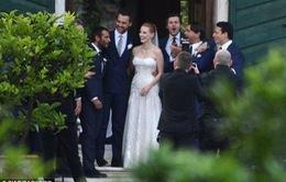Những bức ảnh độc quyền về đám cưới của sao phim Zero Dark Thirty