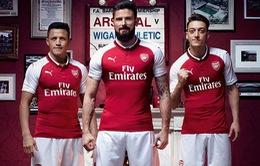 Arsenal ra mắt áo đấu mùa giải 2017/18: Đầy đủ anh tài