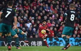 Salah thăng hoa, Liverpool áp sát Top 4 Premier League