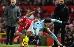 ẢNH: Những khoảnh khắc ấn tượng trận derby Manchester, Man Utd 1-2 Man City