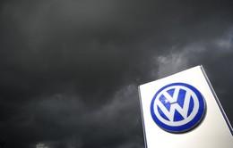"""Đầu năm mới, Volkswagen dính... """"sao quả tạ"""""""