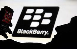 """BlackBerry cũng """"đua đòi"""" làm điện thoại chống nước"""