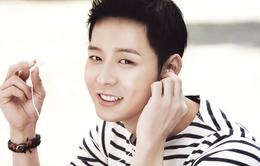 Park Yoochun phải chuyển địa điểm tổ chức hôn lễ vì fan