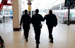 Pháp: Đóng cửa ga tàu điện ngầm tại Paris trước lo ngại an ninh