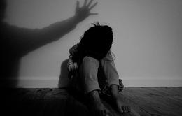 """Những con số """"giật mình"""" về nạn xâm hại tình dục tuổi học sinh"""