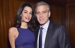 Vợ mang thai 1 trai 1 gái, George Clooney cảm thấy như trúng độc đắc