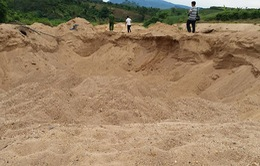 Kon Tum: Phát hiện điểm khai thác cát trái phép quy mô lớn trên sông Đăk Pxi