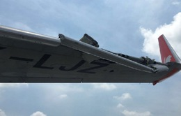 Hai máy bay va chạm nhau vỡ cánh tại Indonesia