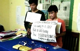 Quảng Bình: Bắt 2 đối tượng vận chuyển 17.000 viên ma túy qua biên giới