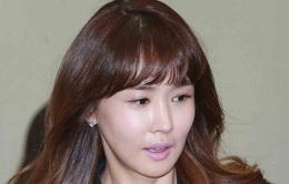 """""""Nữ hoàng dao kéo"""" Lee Da Hae gây sốc bởi mặt già nua, cứng đờ"""